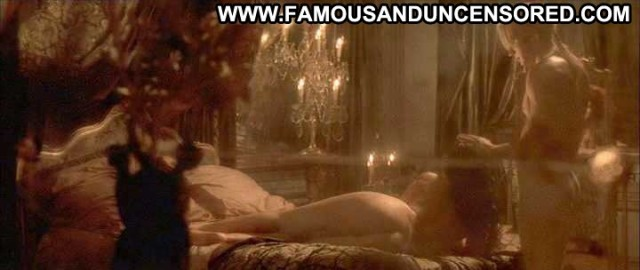 Monica Bellucci Brotherhood Of The Wolf Bed Nice Nude