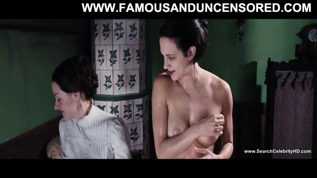 Asia Argento Dracula  D Famous Sexy Scene Celebrity Nude Sexy Posing