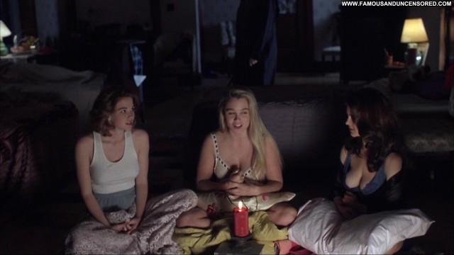 Cristi Harris Zoe Trilling Night Of The Demons 2 Breasts