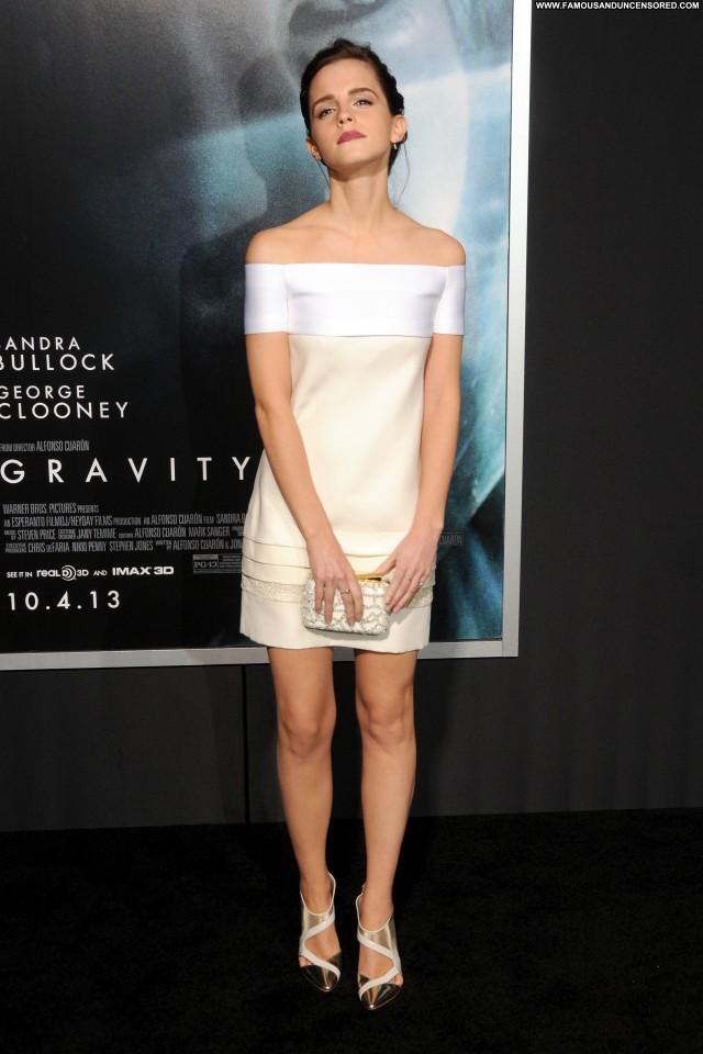 Emma Watson New York Posing Hot Beautiful Celebrity Babe High
