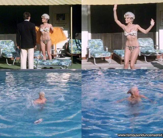 Loni Anderson The Jayne Mansfield Story Beautiful Celebrity Sexy Nude Scene