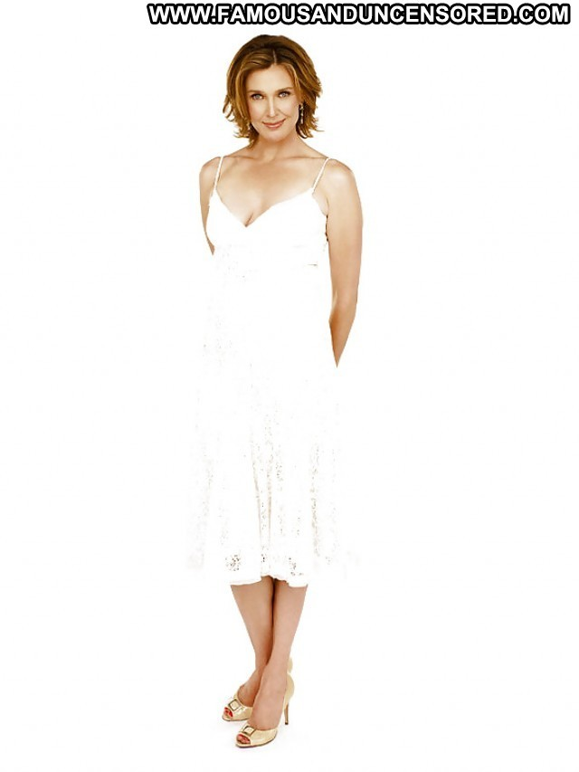 Brenda Strong Pictures Celebrity Milf Famous Cute Posing Hot Hot