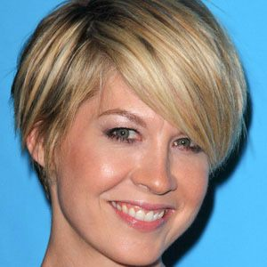 Jenna Elfman Wife
