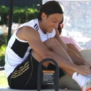 Mesut Ozil Phone Number