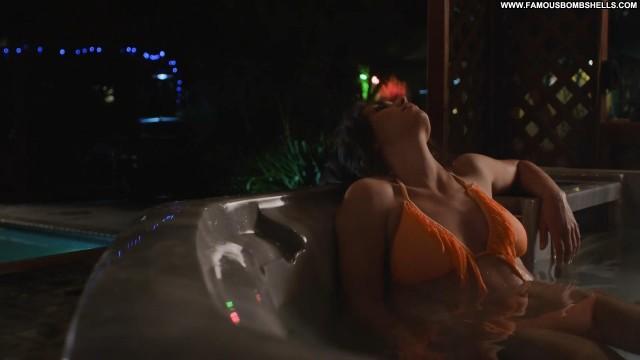 Aurelia Scheppers Jurassic City Celebrity Brunette Bombshell Doll