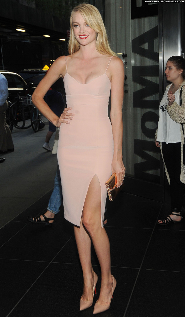 Lindsay Ellingson Lax Airport Gorgeous Doll Posing Hot Nice Pretty