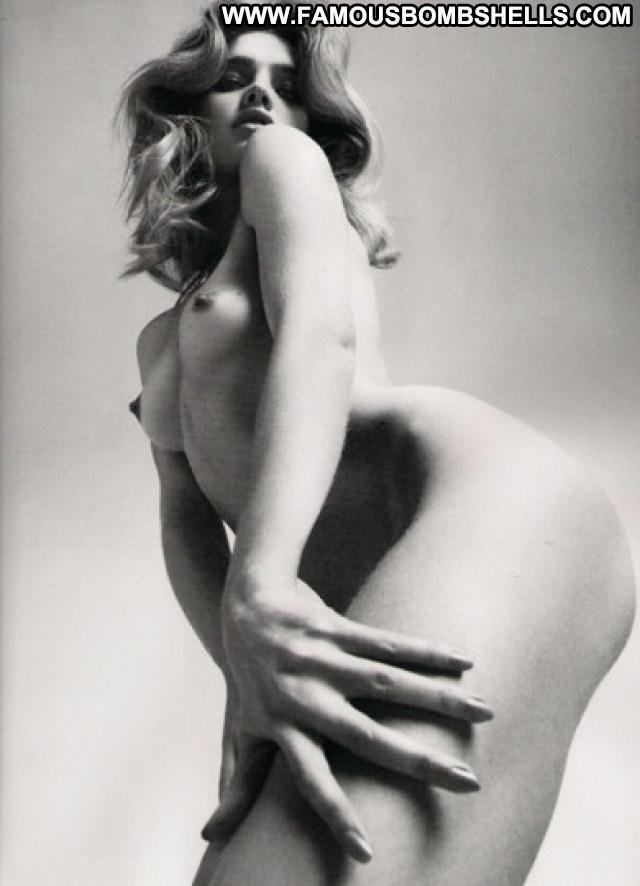 Natalia Vodianova Nude Beautiful Posing Hot Celebrity Babe Gorgeous