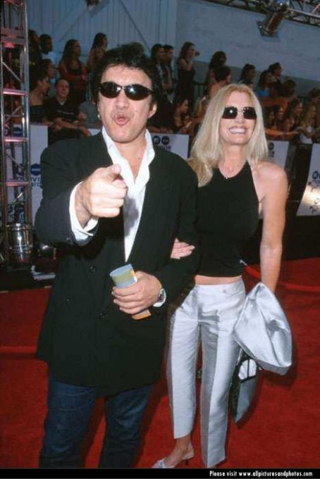 gene simmons and shannon tweed picture1
