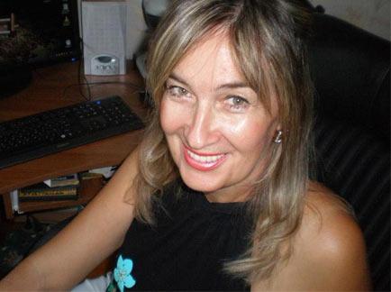 Claire à Roubaix, 42 ans, veut bien tenter des doubles avec mon mari et un autre beau gosse
