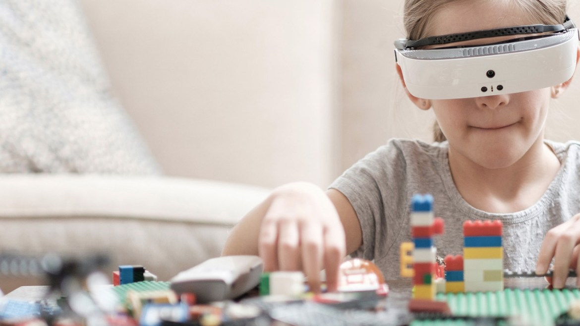 eSight's new glasses give sight back to the legally blind