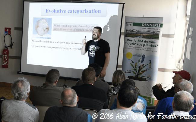 Yann Hoiret conférence sur les concours de discus Arvert 2016