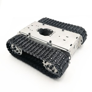 Telaio_per_robot_cingolato_con_ruote_di_metallo