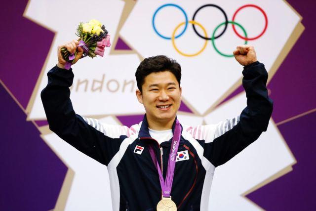 Jing Jong-oh Biography