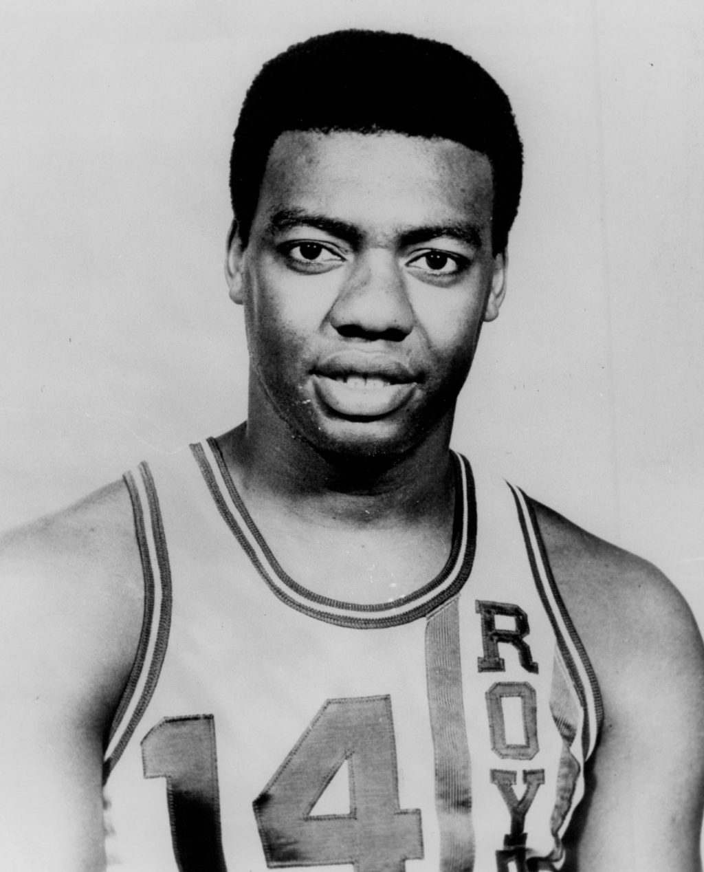 Oscar Robertson Biography