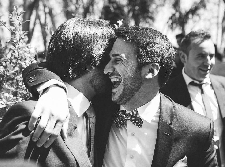 60 abrazo y alegria entre amigos