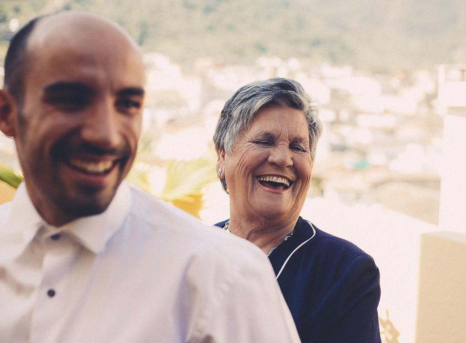 07 abuela con novio