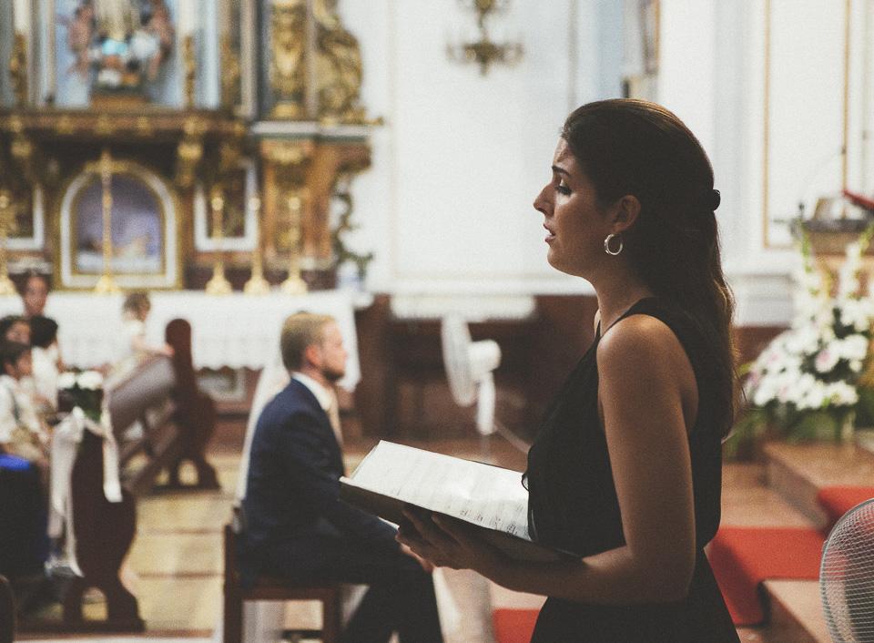 36-cantando-aleluya-en-boda