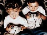 Videojuegos y niños: El Parlamento Europeo propone el botón rojo para mejorar el control de los videojuegos