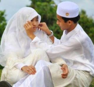pasangan romantis islami
