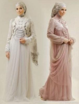 Gaun pengantin muslimah ungu syar'i