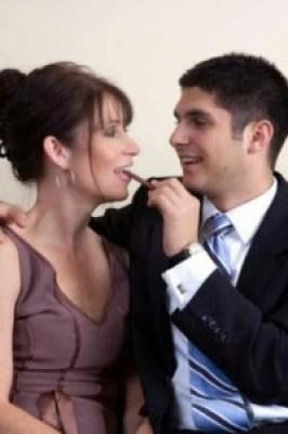 Banyak pria yang menyukai wanita dewasa 2