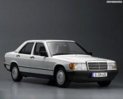 Mercedes_Benz-C_Class_W201_mp35_pic_61214