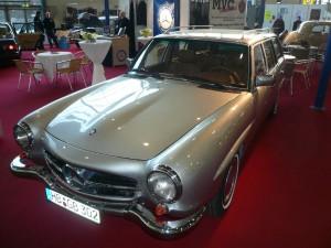 Mercedes-Benz W123 190SLT 2