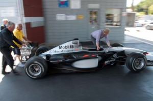 mclaren_mercedes-benz_mp4-16_27
