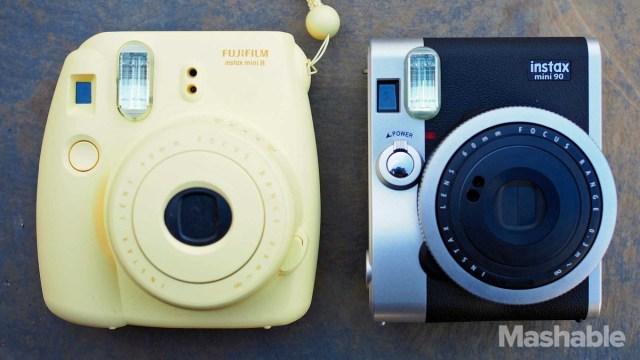 Instax mini 8 (gauche)/ Instax mini 90 (droite)