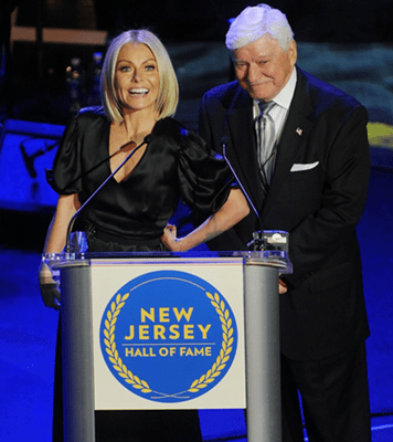 Kelly Ripa Inducted Into New Jersey Hall Of Fame