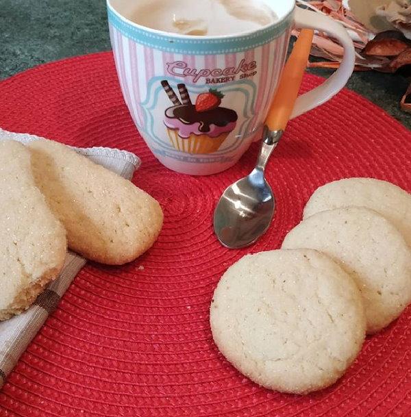 Biscotti per latte e caffè