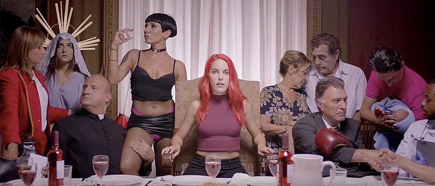 Actrices Salón Porno 2017 aquí va un hurra por amarna miller y su spot para el salón