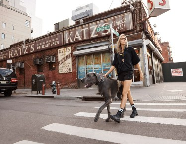 "Cara Delevigne x Puma ""Do You"""