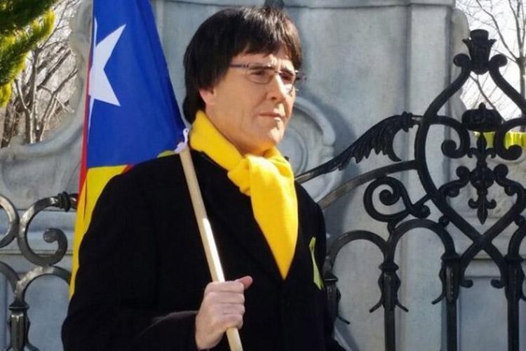 Joaquín Reyes como Carles Puigdemont