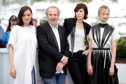 Marion Cotillard, Arnaud Desplechin, Charlotte Gainsbourg y Alba Rohrswacher @ Cannes 2017