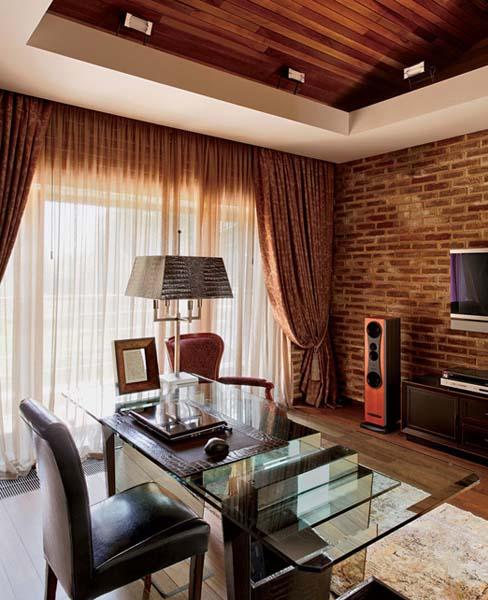 15 Fascinating Accent Brick Walls In The Interior Design