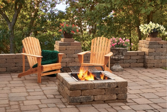 13 Ideas How To Make An Inviting Patio Design Using Bricks on Square Patio Designs  id=65902