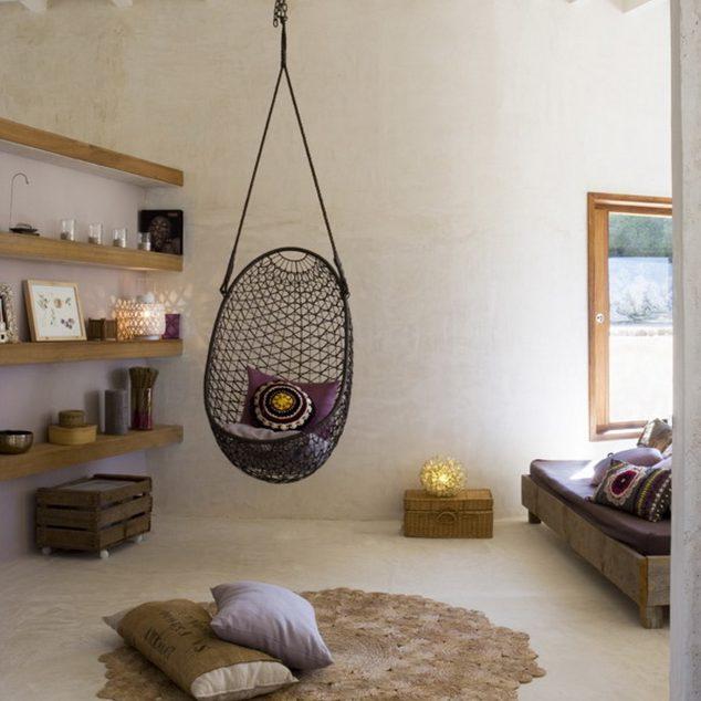 Sueño silla de la hamaca con el soporte para cubierta con estantes de madera para paredes 634x634 15 Hamaca cubierta y columpios relajante para olvidarse de las cosas malas