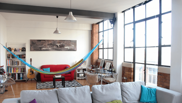 indoorhammock1 634x358 15 Hamaca Swings y relajante interior de olvidar el Bad Things