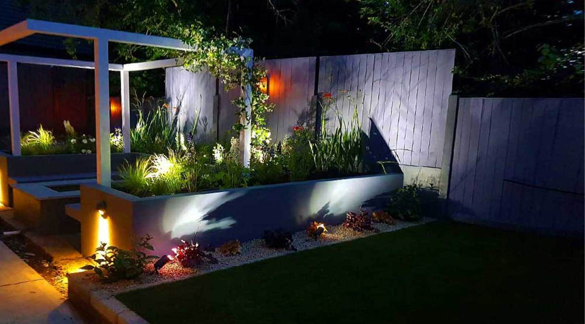 Garden-Lighting-Project-White