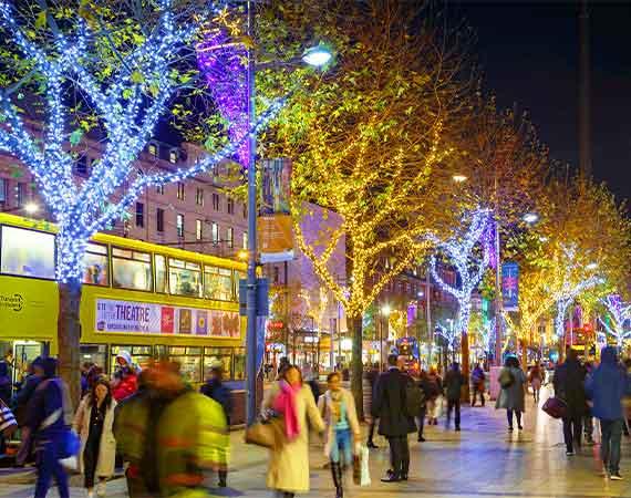 tree lighting city centre