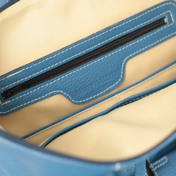 Tasche interne zaino donna in pelle azzurro Fantini Pelletteria