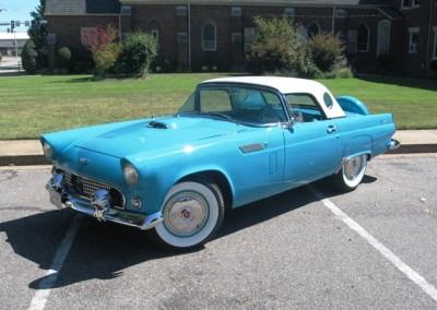 1956 Ford Thunderbird (Teal)