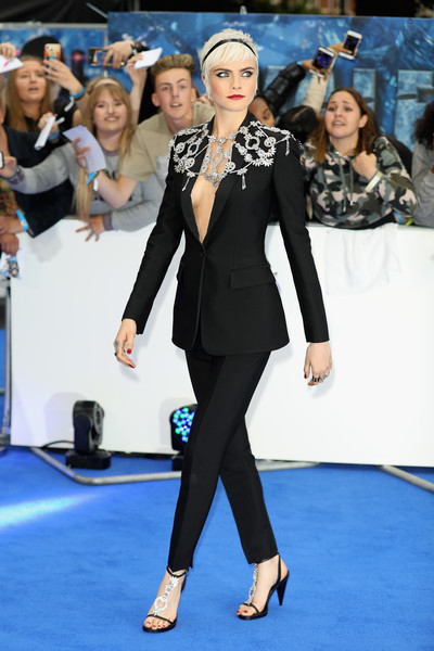 Rihanna y Cara Delevingne Premier de Valerian, Quién se ve + Hot?