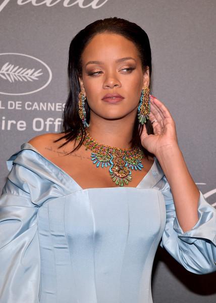 Rihanna gasta fortuna en ropa nueva porque ganó peso