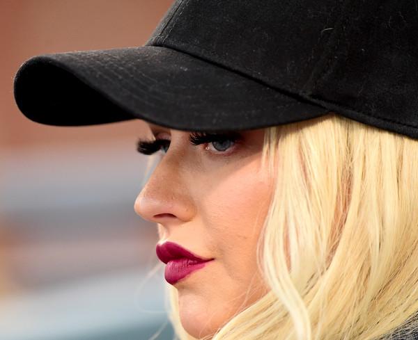 Christina Aguilera se casa por dinero?