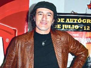 Carlos Alcántara, Roberto Martínez , Gisela Valcárcel