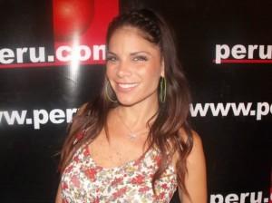 Sandra Arana , Combate