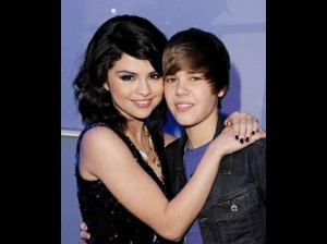 Selena Gomez , Justin Bieber , Staples Center