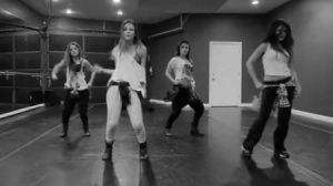 Video , Cantante , Farándula Internacional , Caderas , Shakira , Selena Gómez